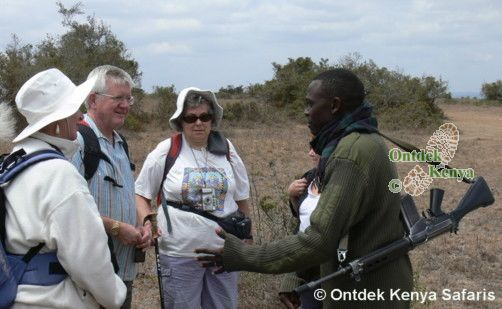 Kenya tour operator, Field guide